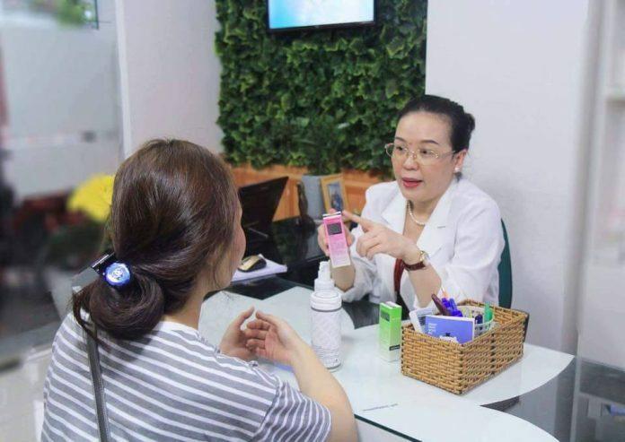 Bác sĩ chuyên khoa giải đáp cách chăm sóc da sau lăn kim - Hình 1