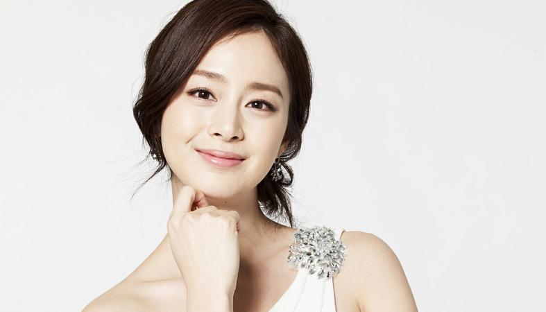 Bí quyết để có làn da đẹp như cô dâu Kim Tae Hee!