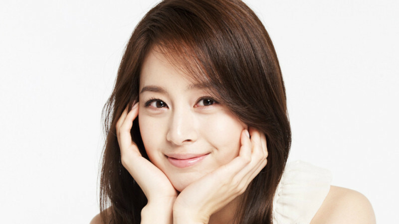 Bí quyết để có làn da đẹp như cô dâu Kim Tae Hee! - Điều trị mụn Dr Huệ - Hình 3