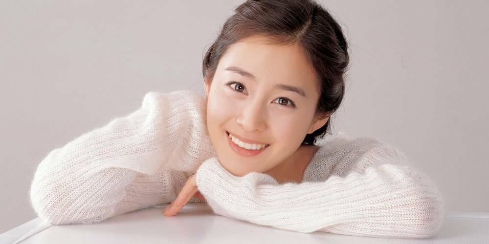 Bí quyết để có làn da đẹp như cô dâu Kim Tae Hee! - Điều trị mụn Dr Huệ - Hình 2