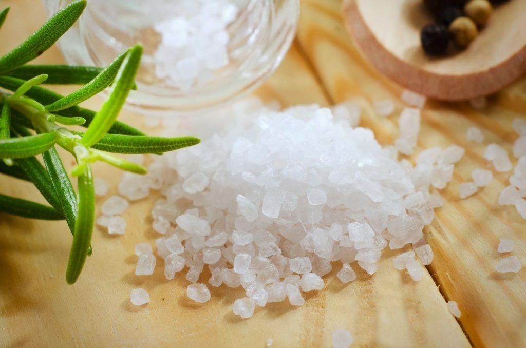 Bí quyết trị mụn cám và dưỡng da bằng hoa cúc trắng - Điều trị mụn Dr Huệ - Hình 6