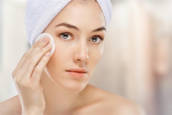 Cách trị mụn hiệu quả cho làn da nhờn - Điều trị mụn Dr Huệ - Hình 2