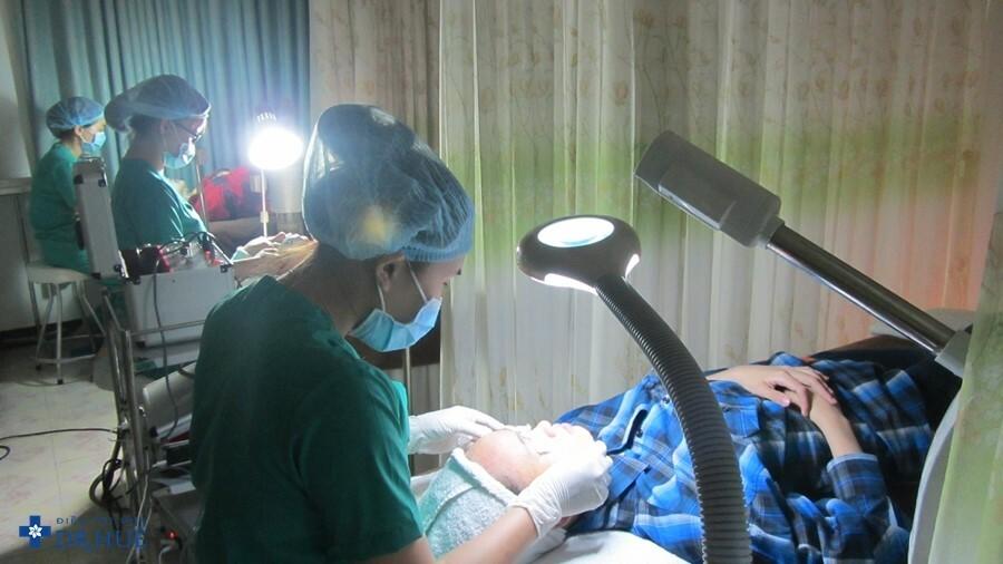 Công nghệ điều trị mụn bọc hiệu quả tại Dr. Huệ - Điều trị mụn Dr Huệ - Hình 10
