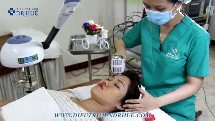 Điện di da mịn đón Noel xinh lung linh - Điều trị mụn Dr Huệ - Hình 1
