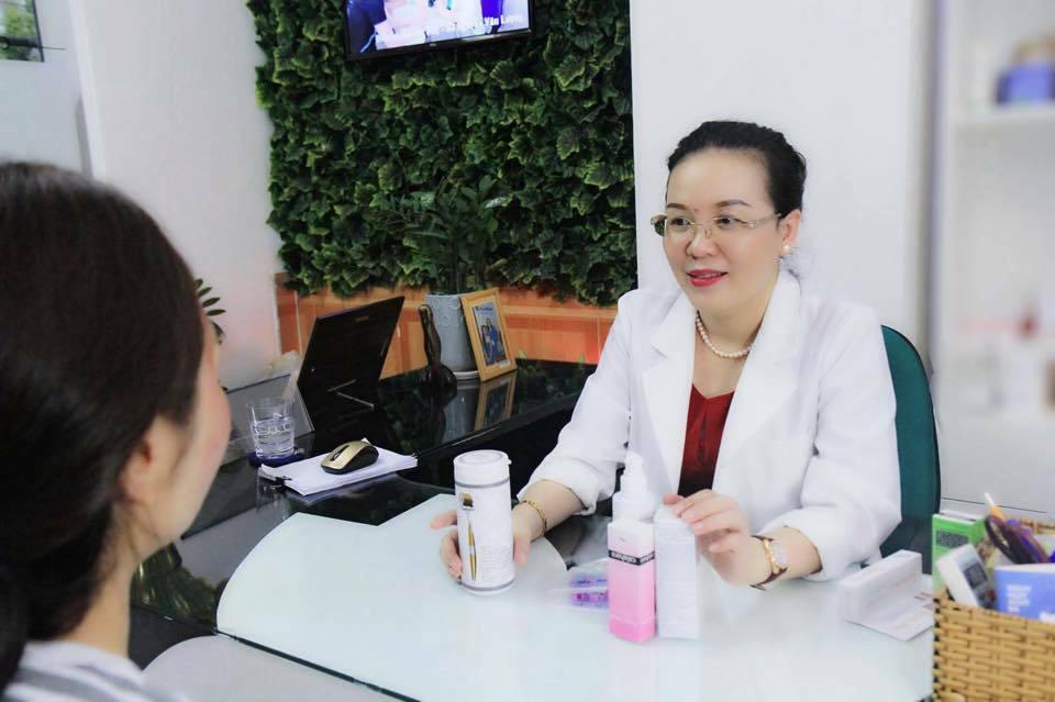 Hỏi – Đáp cùng Bác sĩ: Lăn kim điều trị sẹo rỗ bao lâu thì khỏi? - Điều trị mụn Dr Huệ - Hình 2