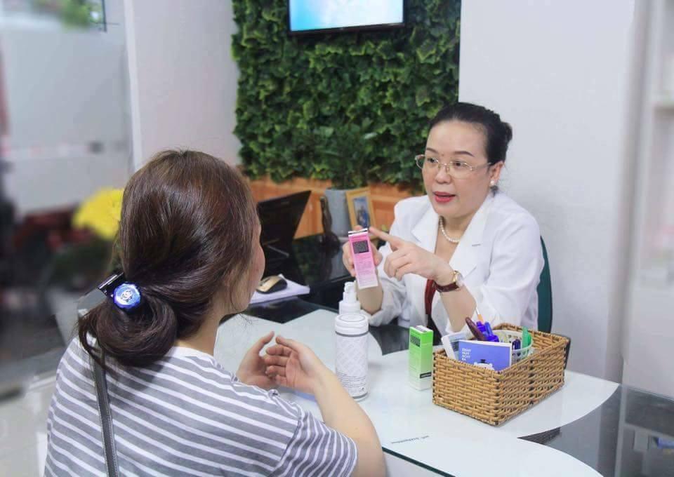 Hỏi – Đáp cùng Bác sĩ: Lăn kim điều trị sẹo rỗ bao lâu thì khỏi? - Điều trị mụn Dr Huệ - Hình 4