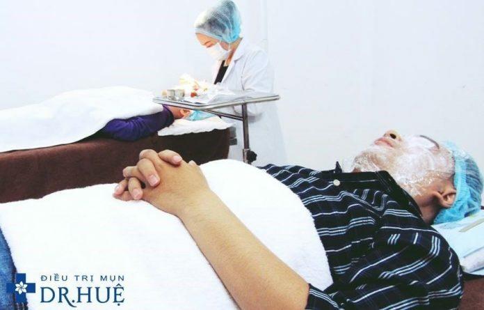 Quy trình lăn kim điều trị sẹo rỗ bao gồm những gì - Điều trị sẹo rỗ Dr Huệ - Hình 1