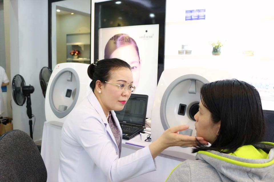 bác sĩ huệ tư vấn về trị sẹo